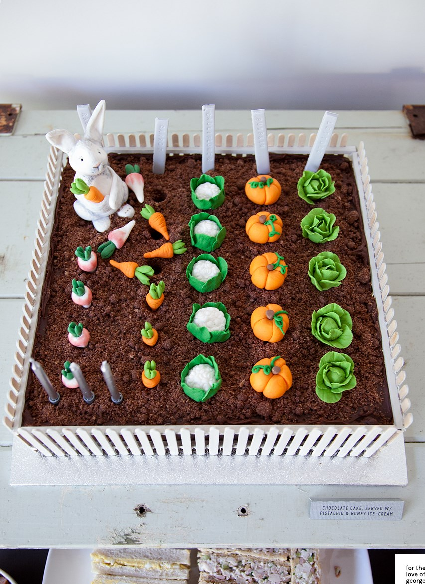 Rabbit vegetable garden cake for the love of george for Vegetable garden cake ideas